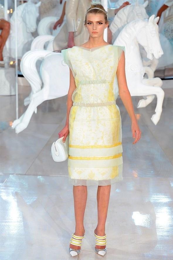 Неделя моды в Париже: Louis Vuitton весна 2012. Изображение № 14.