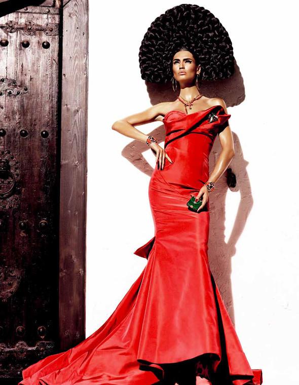 Съёмка: Бьянка Балти для Vogue. Изображение № 10.
