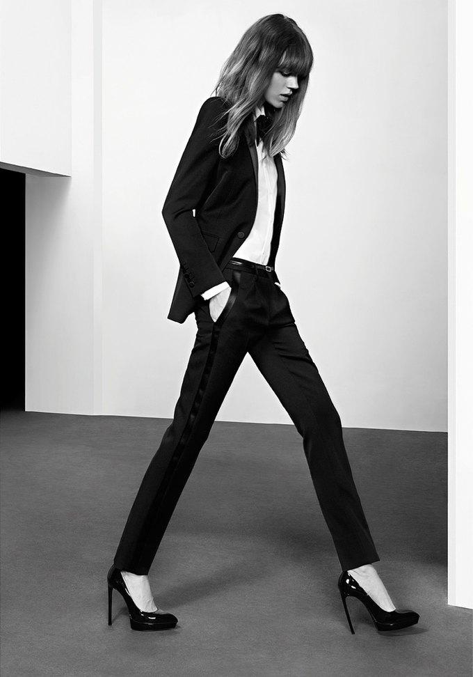Вышли новые кампании Chanel, JNBY и Saint Laurent. Изображение № 75.
