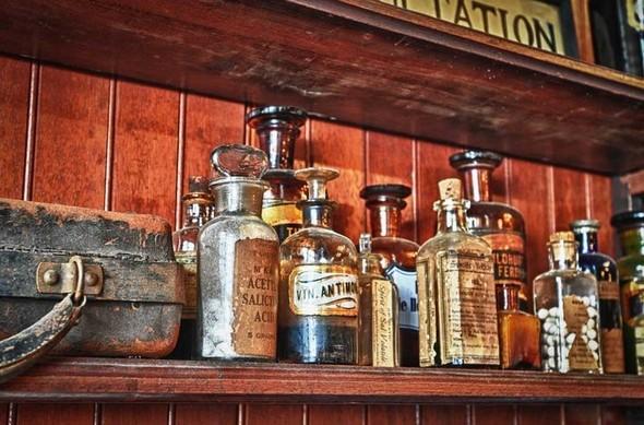 Аптека - музей в Новом Орлеане. Изображение № 22.