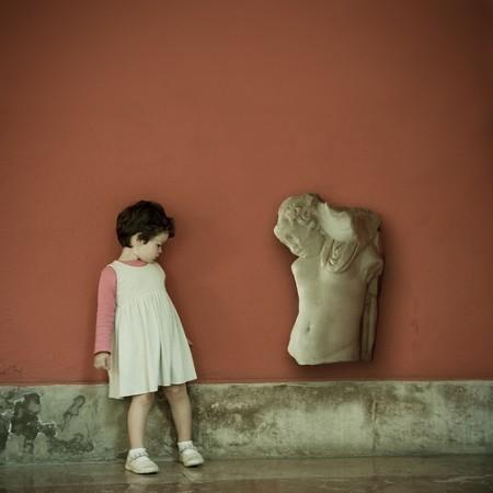 Детство, похожее наигрушечных пупсов. byJaime Monfort. Изображение № 7.