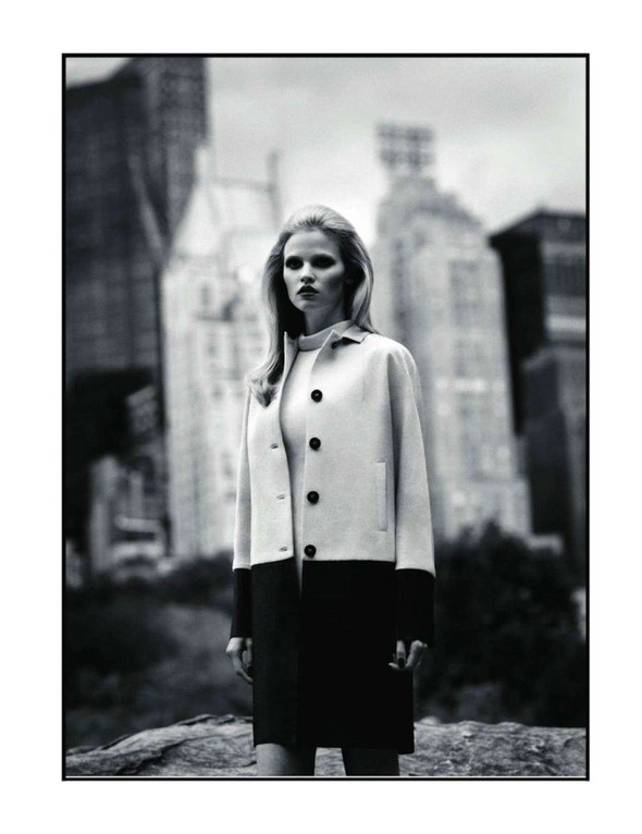Съёмка: Лара Стоун для Vogue. Изображение № 8.