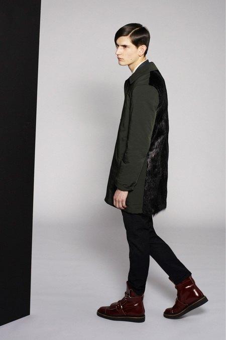 Marni и Marc Jacobs выпустили новые лукбуки. Изображение № 9.