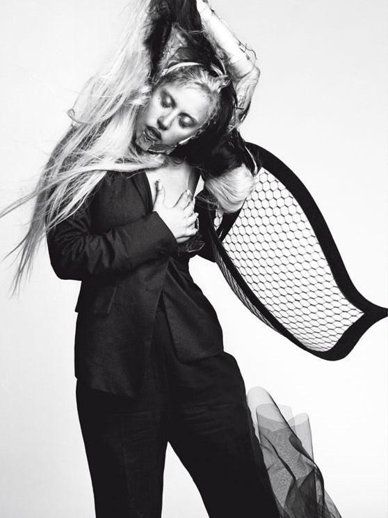 Съёмка: Леди Гага для Vogue. Изображение № 3.
