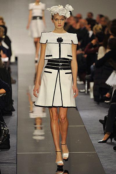 Chanel Spring 2009 Haute Couture. Изображение № 62.