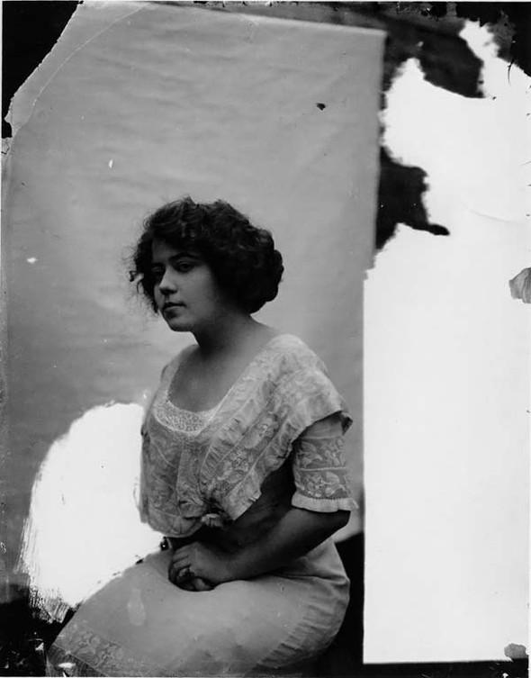 Фотосессия жриц любви 1912 года. Изображение № 9.