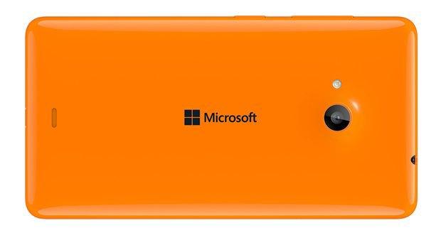 Microsoft показала первый смартфон без брендинга Nokia. Изображение № 3.