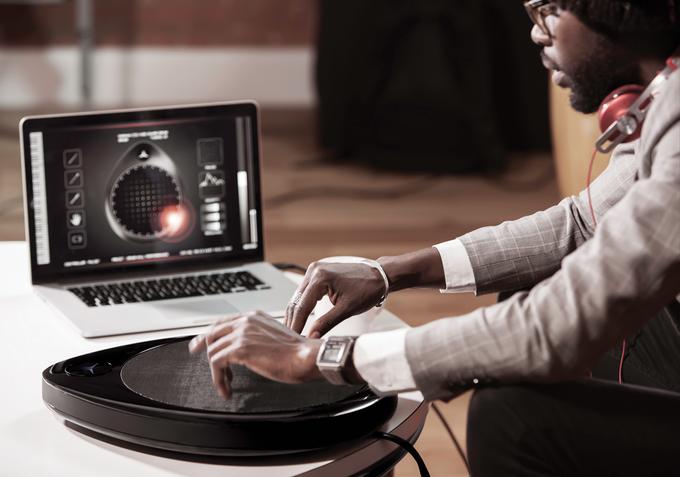 На Kickstarter ищут деньги на музыкальный контроллер-универсал. Изображение № 6.