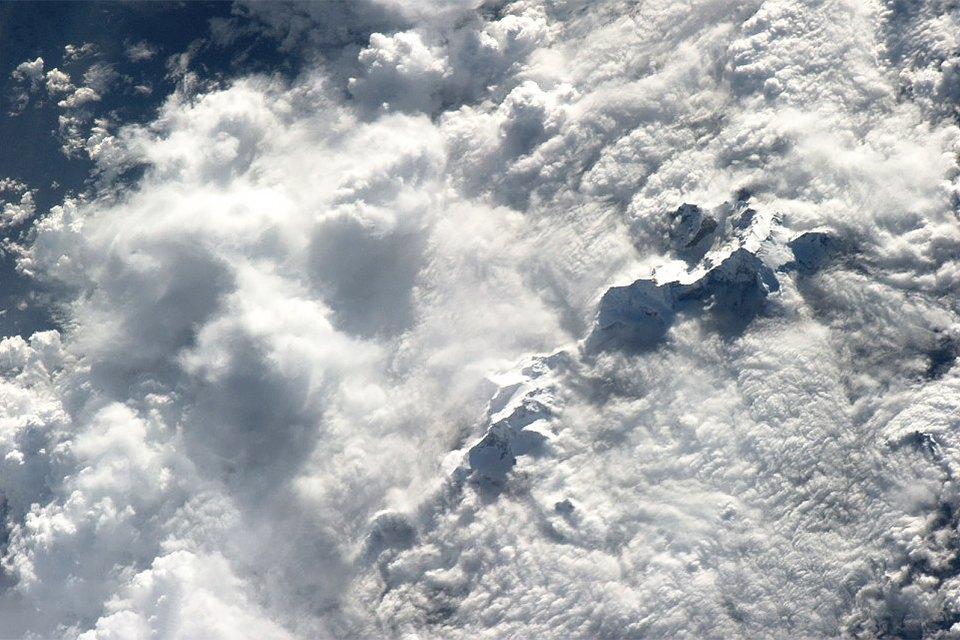 Облака из космоса: Какой видят Землю космонавты МКС. Изображение № 8.
