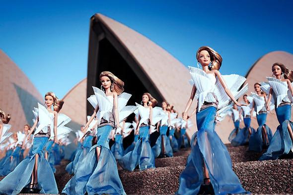 Изображение 5. Фотошоу для Sydney Opera Barbie.. Изображение № 1.