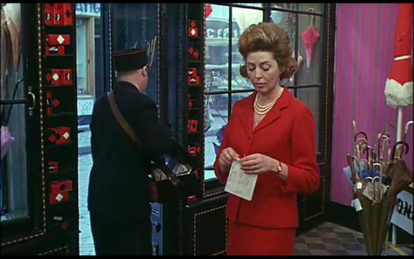 Movie-Looks: «Шербурские зонтики». Изображение № 21.