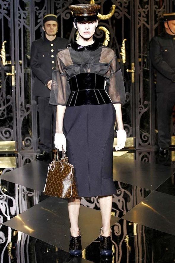 Изображение 62. Louis Vuitton Fall 2011.. Изображение № 62.
