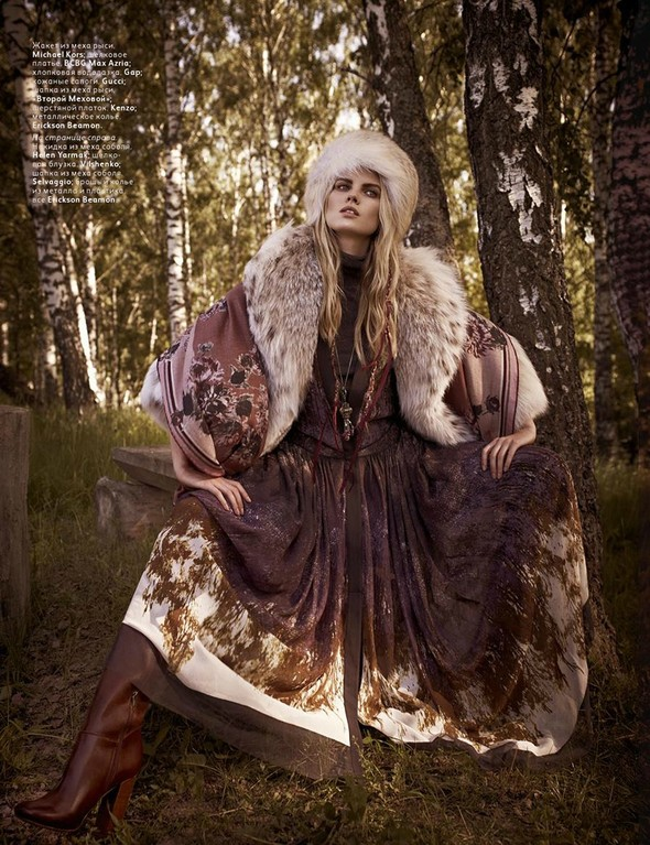 Съёмка: Марина Линчук для российского Vogue. Изображение № 2.