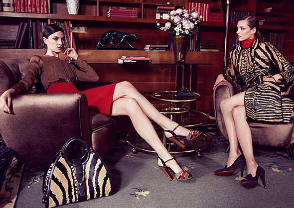 Кампании: Dior, Versace, Gucci и Burberry. Изображение № 22.