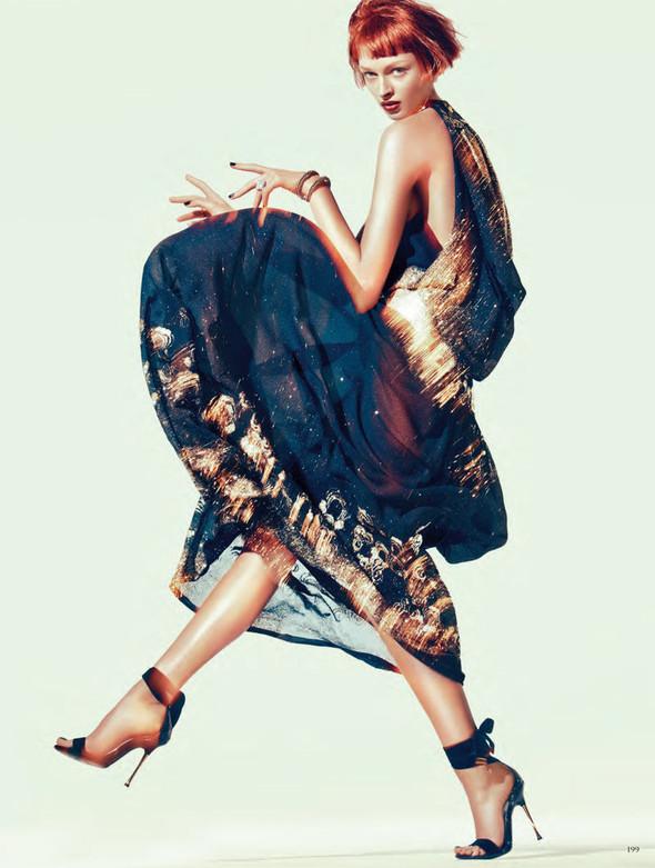 Съёмка: Дага Зёбер для Vogue. Изображение № 10.