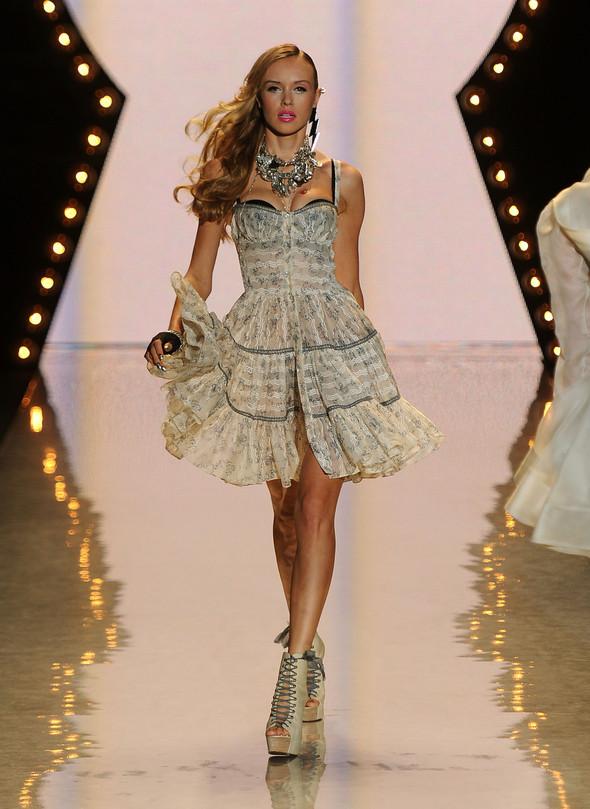 New York Fashion Week: Betsey Johnson Spring 2012. Изображение № 11.