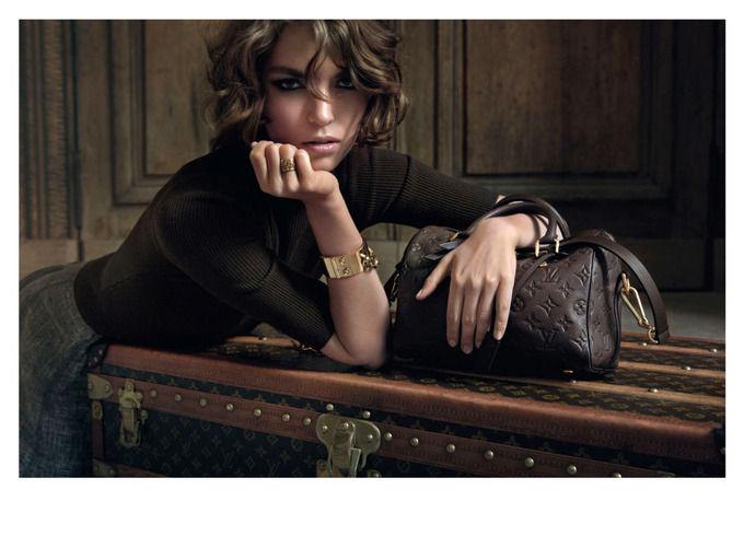 Вышли кампании Dior, Prada, Louis Vuitton и других марок. Изображение № 28.