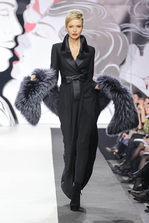 """Коллекция """"La Femme Magnifique"""" Модного Дома Игоря Гуляева. Изображение № 15."""