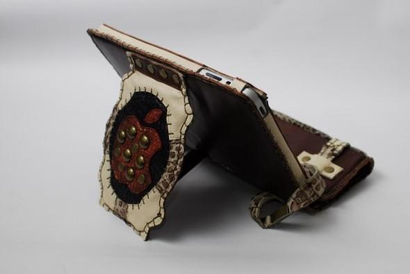Кожанные чехлы для ipad ручной работы. Изображение № 20.