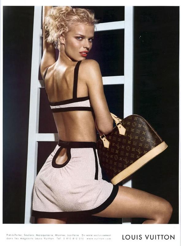 Архивная съёмка: Мерт и Маркус для Louis Vuitton SS 2003. Изображение № 12.