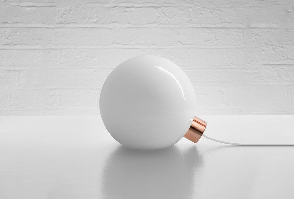 10 настольных ламп для тех, кто не спит по ночам. Изображение № 10.