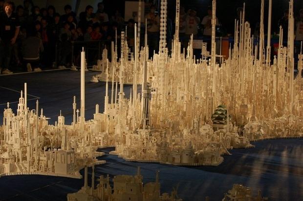 Трехмерная модель Японии из LEGO. Изображение № 1.