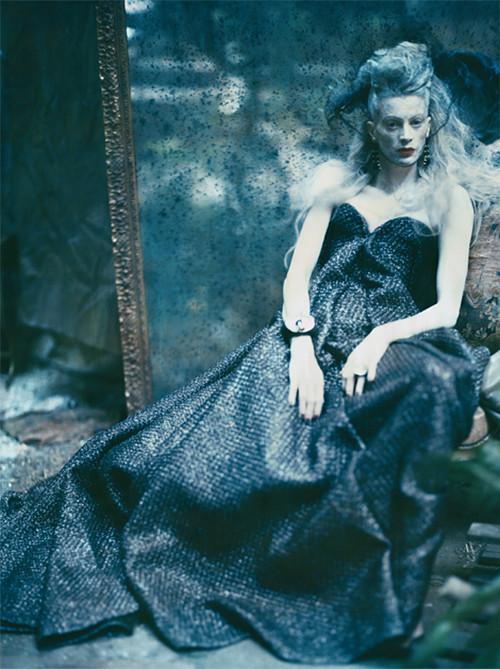 Архивная съёмка: Кристен МакМенами для Vogue Italia, сентябрь 2010. Изображение № 5.