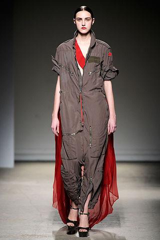 Thimister Haute Couture FW 2010. Изображение № 23.