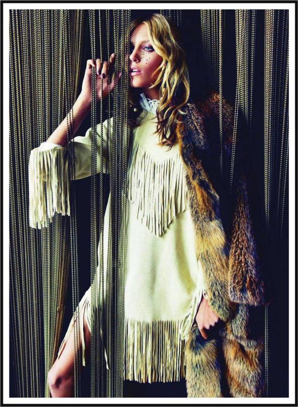 Съёмка: Аня Рубик для Vogue. Изображение № 11.