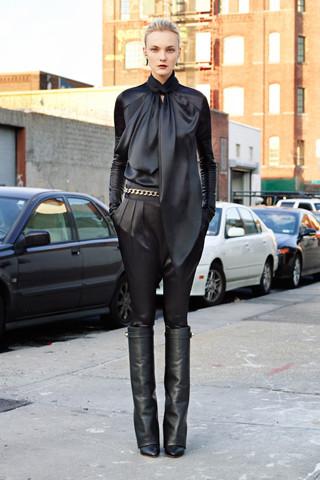 Givenchy Pre-Fall 2012. Изображение № 20.