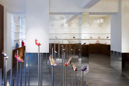 Изображение 26. 20 Великолепных дизайнерских концепций бутиков.. Изображение № 33.