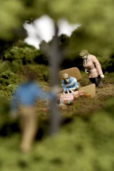 Нетрадиционный подход кфигуркам встеклянном шаре. Изображение № 34.