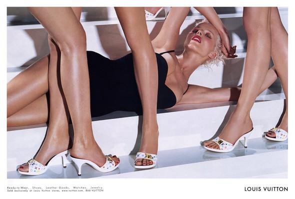 Архивная съёмка: Мерт и Маркус для Louis Vuitton SS 2003. Изображение № 4.