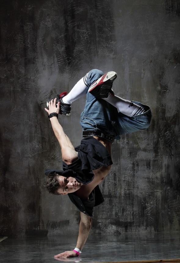 Держитесь, танцPOL'ы. Изображение № 2.