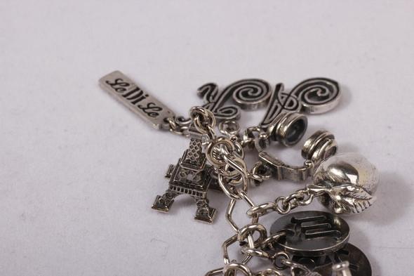 Блошиный рынок в Париже, история любви и браслет, который говорит. Изображение № 11.