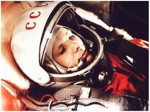 Ю. Гагарина перед стартом космического корабля «Восток», 12 апреля 1961 г.. Изображение № 39.