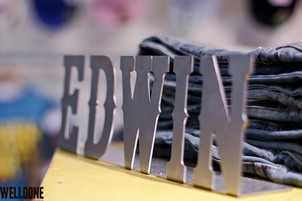 """Новый магазин одежды """"Welldone"""" в FLACON'е. Изображение № 32."""