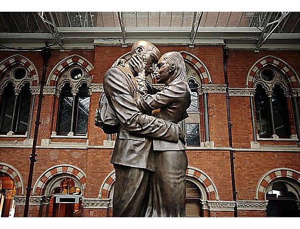 Гигантомания: 20 огромных скульптур современных художников. Изображение № 15.