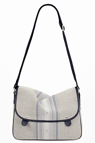 Изображение 64. Лукбуки: Louis Vuitton, Viktor & Rolf, Kenzo и другие.. Изображение № 123.