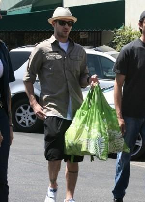 Envirosax. Экологически чистые сумки с крутыми принтами. Изображение № 5.