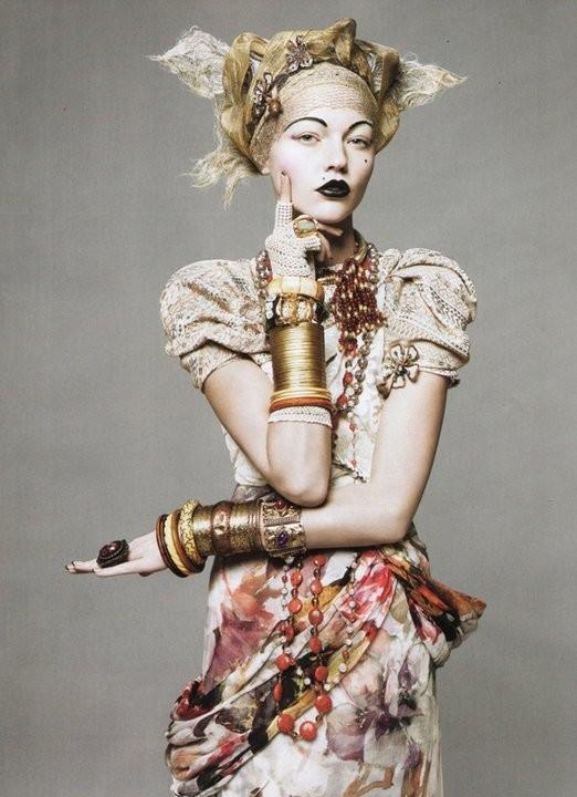Vogue May 2010 ( Paris, US, China). Изображение № 21.