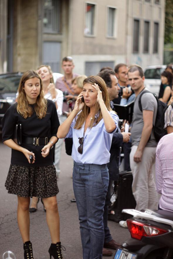 Уличная мода на Milan Fashion Week: день 1. Изображение № 16.