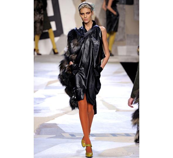 Изображение 35. Головная компания: 10 тенденций недель моды.. Изображение № 35.