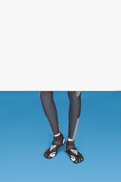 Футурологи выбирают одежду будущего. Изображение № 8.