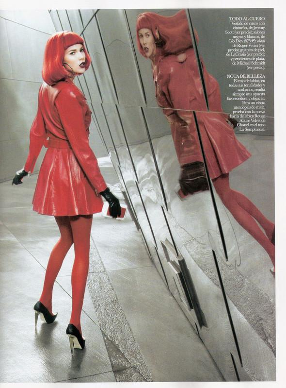 Съёмка: Бритт Марен для испанского Vogue. Изображение № 3.