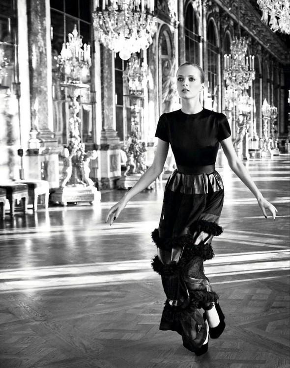 Кампании: Dior, Versace, Gucci и Burberry. Изображение № 4.