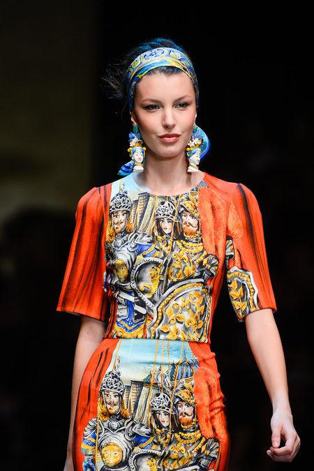 Детали коллекции Dolce & Gabbana SS 2013. Изображение № 1.