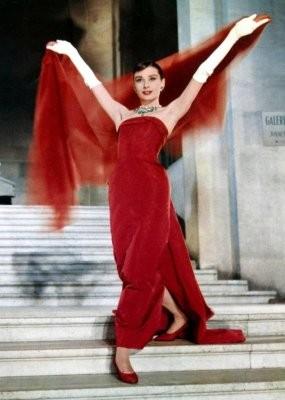 Одри Хепберн в фильме «Забавная мордашка». Изображение № 31.