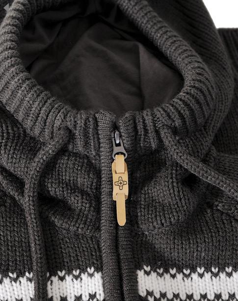 Зимние свитера Addict. Изображение № 2.