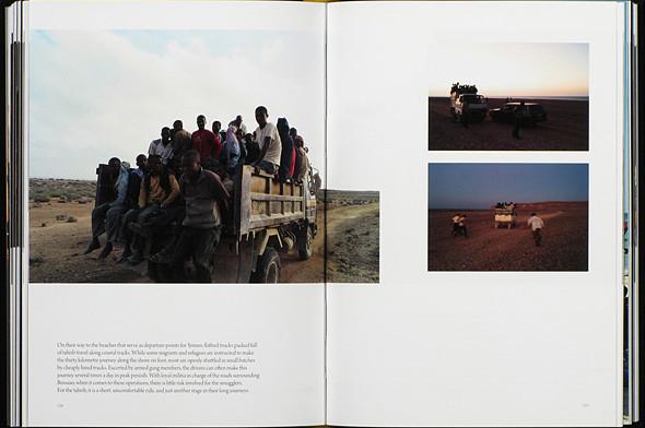 12 альбомов фотографий непривычной Африки. Изображение № 55.